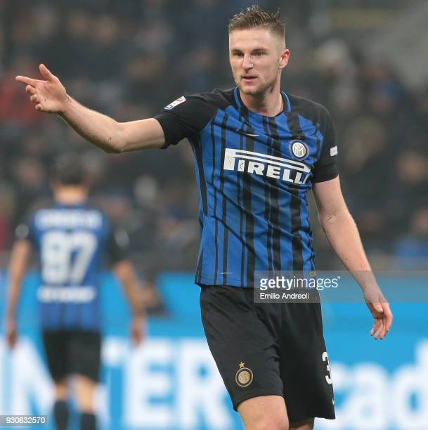Milan Skriniar of FC Internazionale Milano gestures during the serie A match between FC Internazionale and SSC Napoli at Stadio Giuseppe Meazza on...