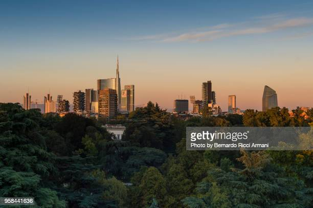 milan skyline - milan stock pictures, royalty-free photos & images