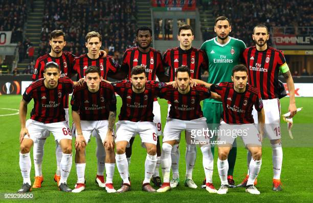 Milan team line up before UEFA Europa League Round of 16 match between AC Milan and Arsenal at the San Siro on March 8 2018 in Milan Italy