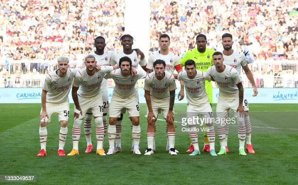 Milan team lines up during the pre-season friendly match between Real Madrid and AC Milan at Worthersee Stadion on August 08, 2021 in Klagenfurt,...