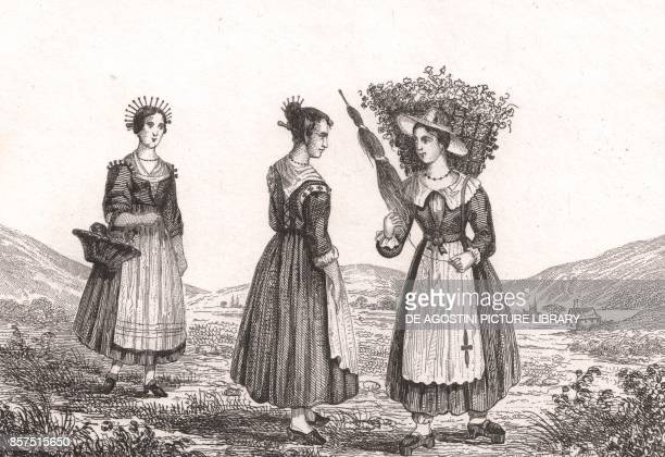 Milanese women in traditional costumes, engraving from Italy. Sites, monuments, scenery and costumes, Giuseppe Pomba Publisher, Turin, 1834-1838.