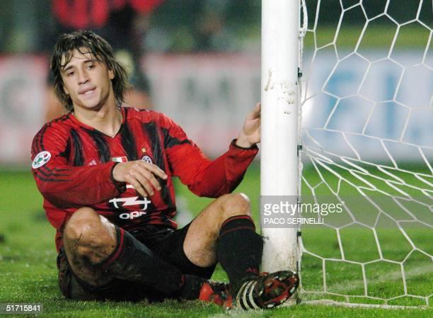 Milan's Argentinian forward Hernan Crespo reacts during the Italian serie A football match against Brescia at Rigamonti stadium in Brescia 10...