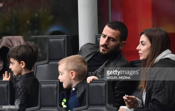 AC Milan's Captain Italian defender Leonardo Bonucci his wife Martina Maccari and his children attend the Italian Serie A football match between AC...