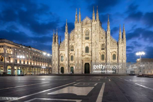 milan's cathedral (duomo), lombardy, italy - duomo di milano stock pictures, royalty-free photos & images