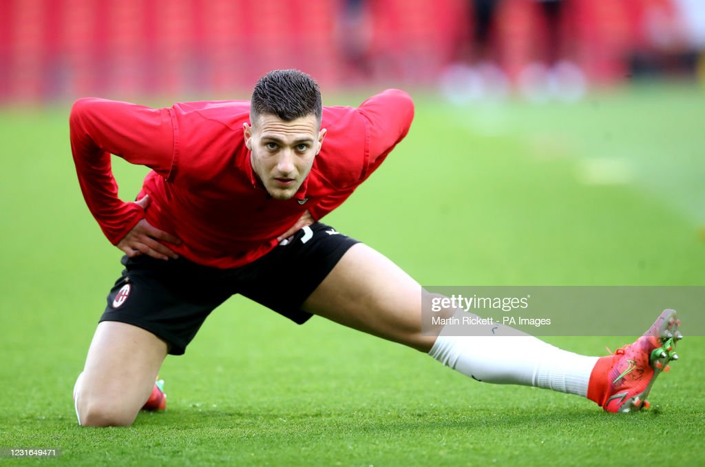 Manchester United v AC Milan - UEFA Europa League - Round of Sixteen - First Leg - Old Trafford : News Photo