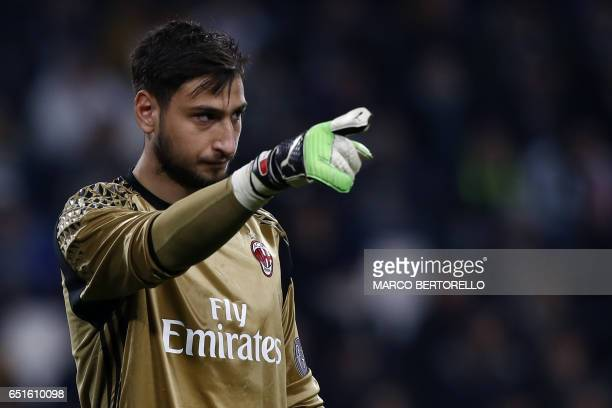 AC Milan's goalkeeper Gianluigi Donnarumma gestures during the Italian Serie A football match Juventus Vs AC Milan on March 10 2017 at the 'Juventus...
