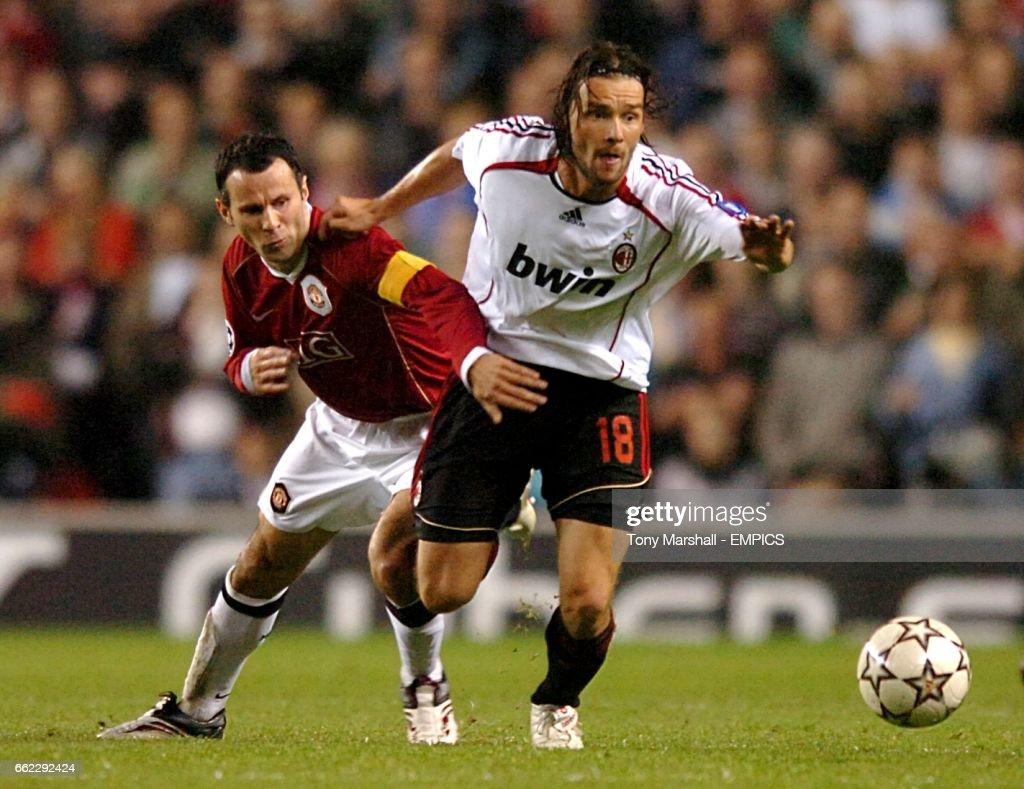Soccer - UEFA Champions League - Semi-Final - First Leg - Manchester United v AC Milan - Old Trafford : News Photo