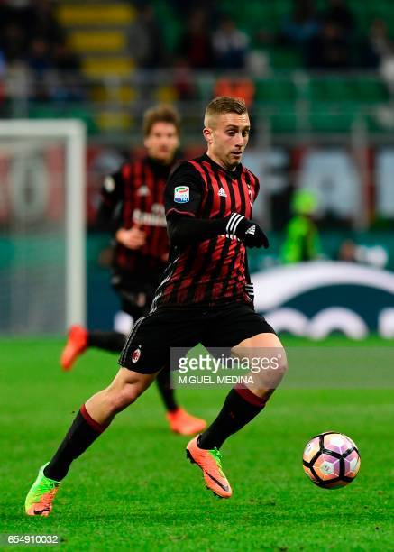 AC Milan's Spanish forward Gerard Deulofeu controls the ball during the Italian Serie A football match AC Milan versus Genoa on March 18 2017 at the...