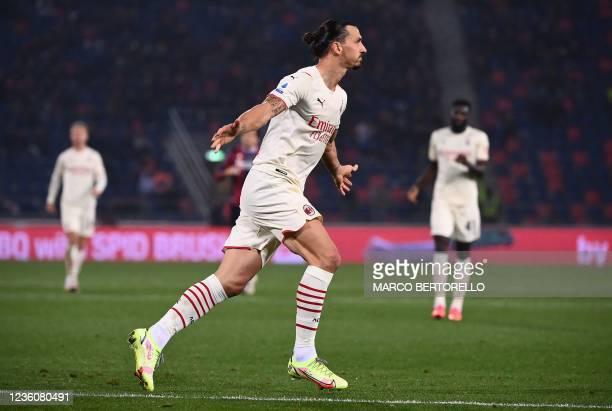 Milan's Swedish forward Zlatan Ibrahimovic celebrates after scoring during the Italian Serie A football match between Bologna and AC Milan at the...
