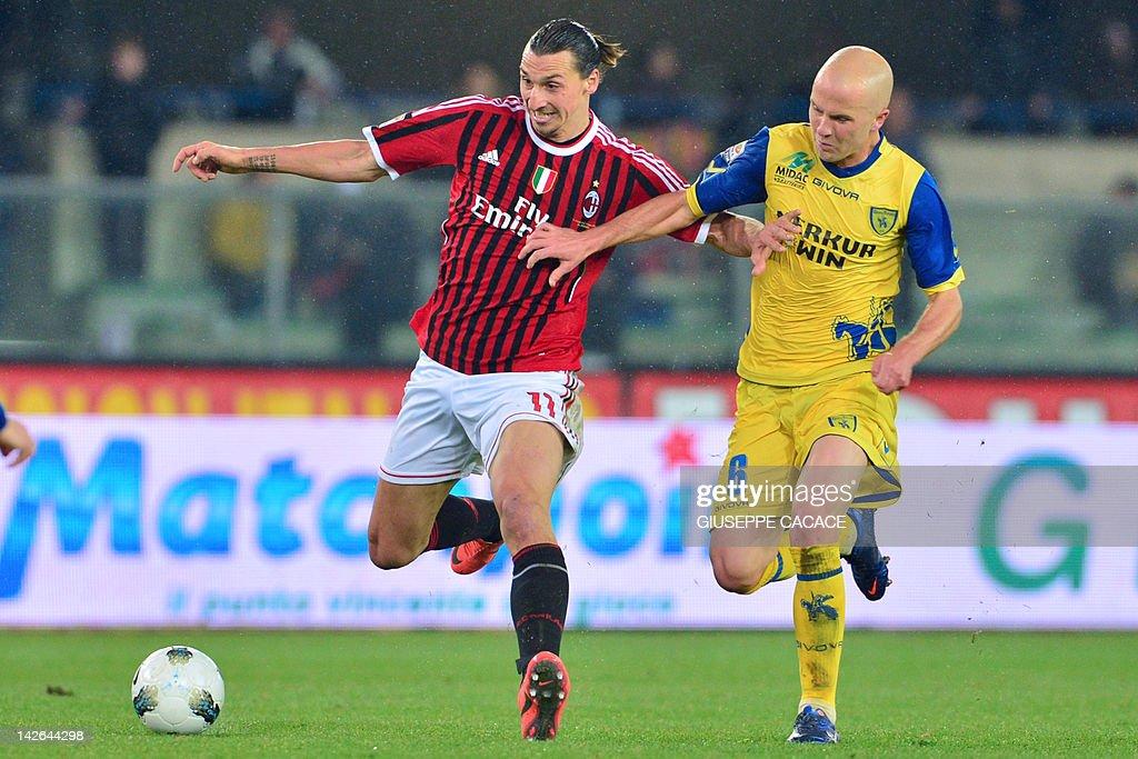 AC Milan's Swedish forward Zlatan Ibrahi : News Photo