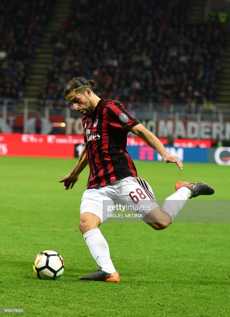 AC Milan's Swiss defender Ricardo Rodriguez kicks the ball during the Italian Serie A football match between AC Milan and Sassuolo at the San Siro stadium in Milan on April 8, 2018. /
