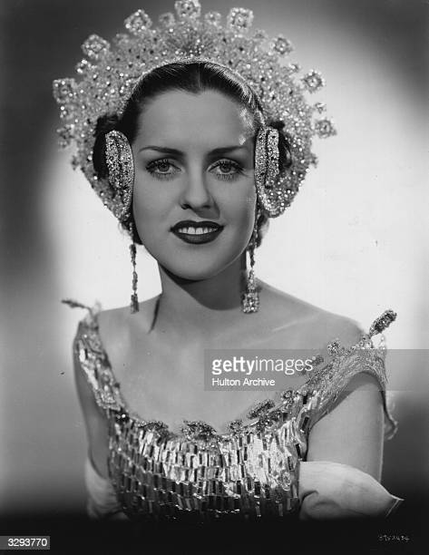 Mildred Sellers stars in the film 'The Great Ziegfeld' a biopic of the Broadway impresario Florenz Ziegfeld directed by Robert Z Leonard for MGM