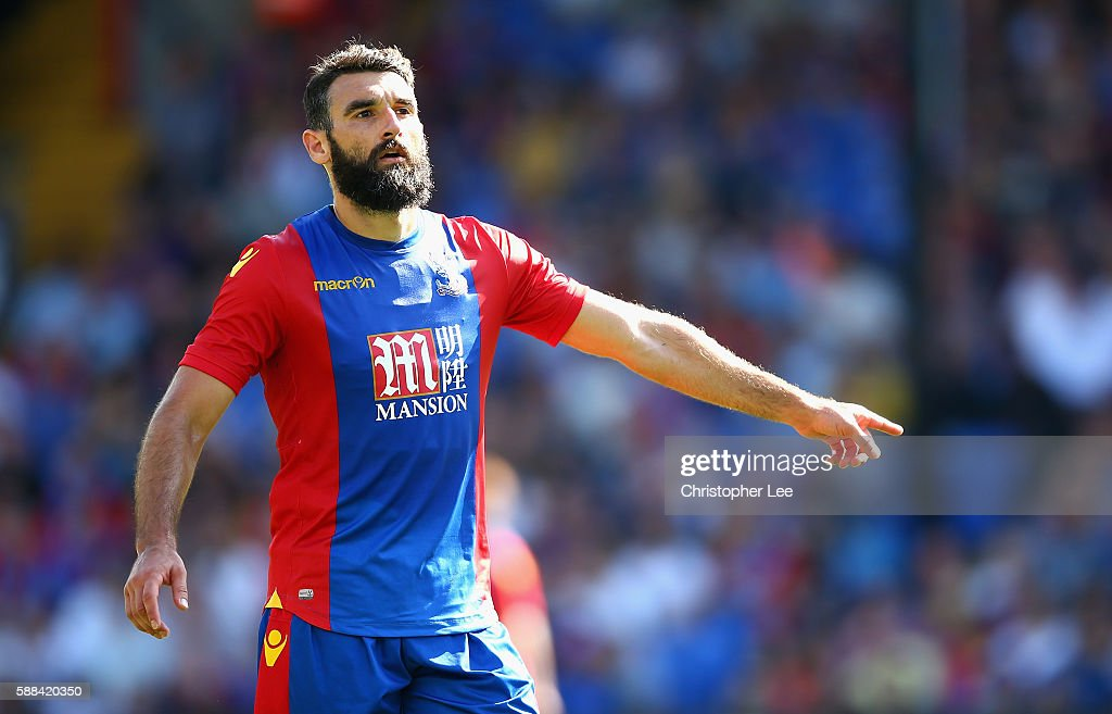 Crystal Palace v Valencia: Pre-Season Friendly