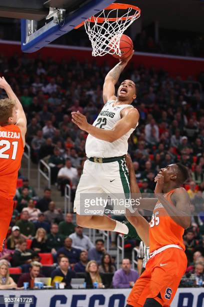 Miles Bridges of the Michigan State Spartans dunks the ball during the second half against the Syracuse Orange in the second round of the 2018 NCAA...