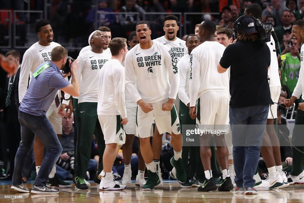 Syracuse v Michigan State : News Photo