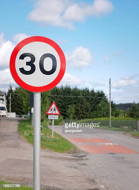30 Miles Per Hour UK Speed Limit Sign