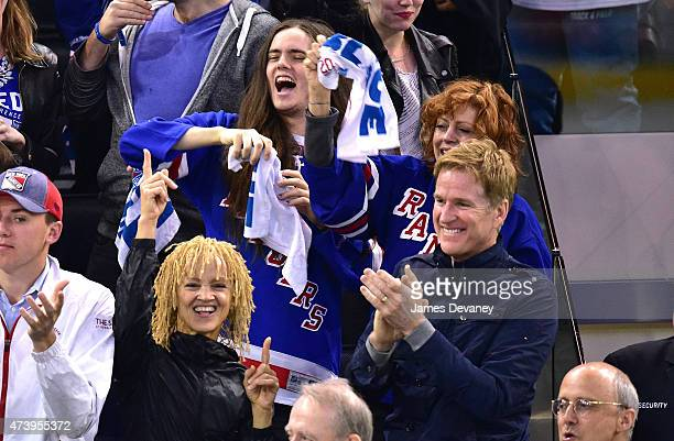 Miles Robbins Susan Sarandon Carrie Modine and Matthew Modine attend the Tampa Bay Lightning vs New York Rangers playoff game at Madison Square...