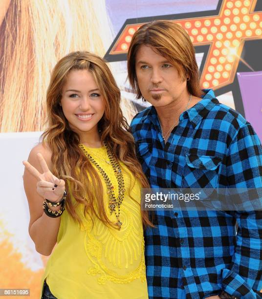 """Miley Cyrus and Billy Ray Cyrus attend """"Hannah Montana:The Movie"""" photocall, at Villa Magna Hotel on April 22, 2009 in Madrid, Spain."""
