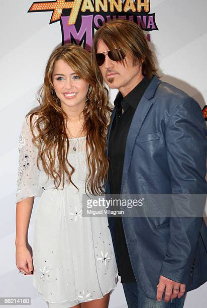 Miley Cyrus and Billy Ray Cyrus attend the German Premiere of 'Hannah Montana: The Movie' on April 25, 2009 in Munich, Germany.