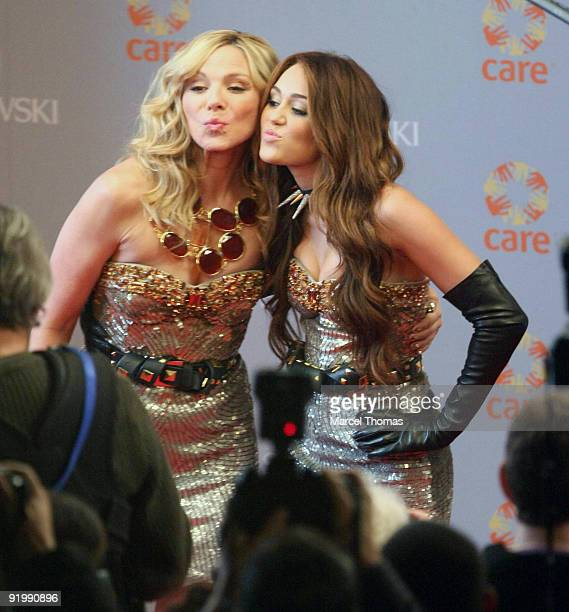 Miley Cyrus and Kim Cattrall are seen filming on set for the movie ' Sex in the City 2' on the Streets of Manhattan on October 17 2009 in New York...