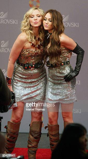 Miley Cyrus and Kim Cattrall are seen filming on set for the movie Sex in the City 2 on the Streets of Manhattan on October 17 2009 in New York City