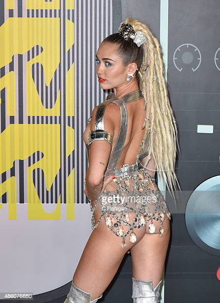 Miley Cyrus arrives to the 2015 MTV Video Music Awards at Microsoft Theater on August 30 2015 in Los Angeles California