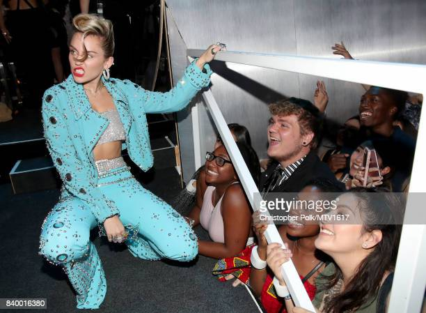 Miley Cyrus attends the 2017 MTV Video Music Awards at The Forum on August 27, 2017 in Inglewood, California.