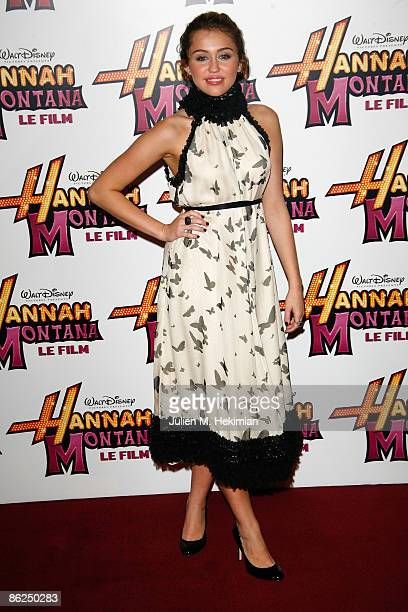 Miley Cyrus attends the premiere of Hannah Montana The Movie on April 27 2009 in Paris France