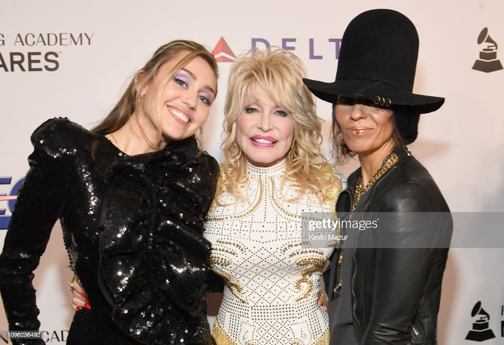 CA: MusiCares Person Of The Year Honoring Dolly Parton - Red Carpet