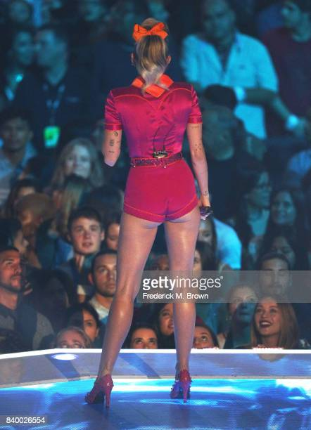 Miley Cyrus fashion and hair details performs onstage during the 2017 MTV Video Music Awards at The Forum on August 27 2017 in Inglewood California