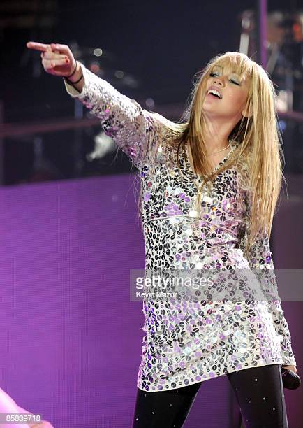 UNIONDALE NY DECEMBER 27 *EXCLUSIVE* Miley Cyrus performs during her Best of Both Worlds tour at Nassau Coliseum on December 27 2007 in Uniondale New...