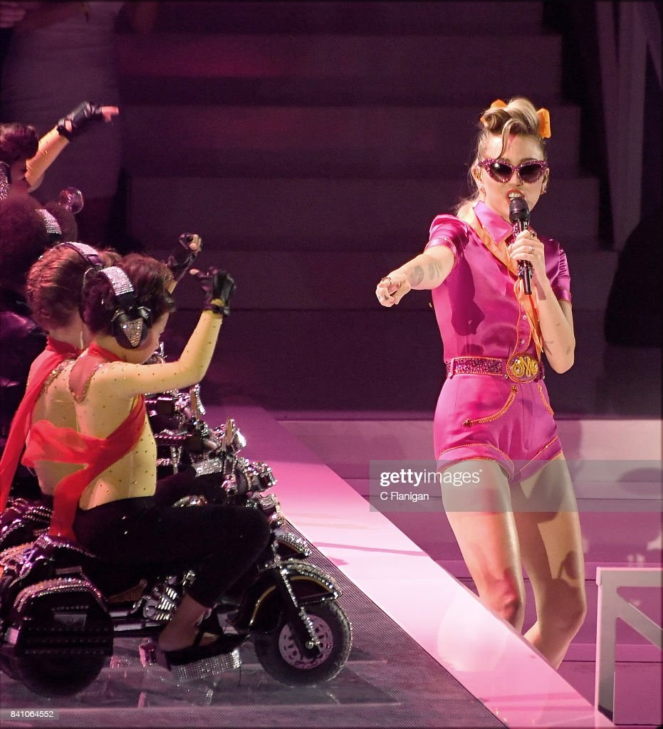 Miley Cyrus performs during the 2017 MTV Video Music Awards at The Forum on August 27, 2017 in Inglewood, California.