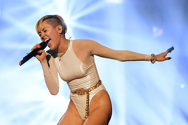 NLD: Best Of The MTV EMA's 2013