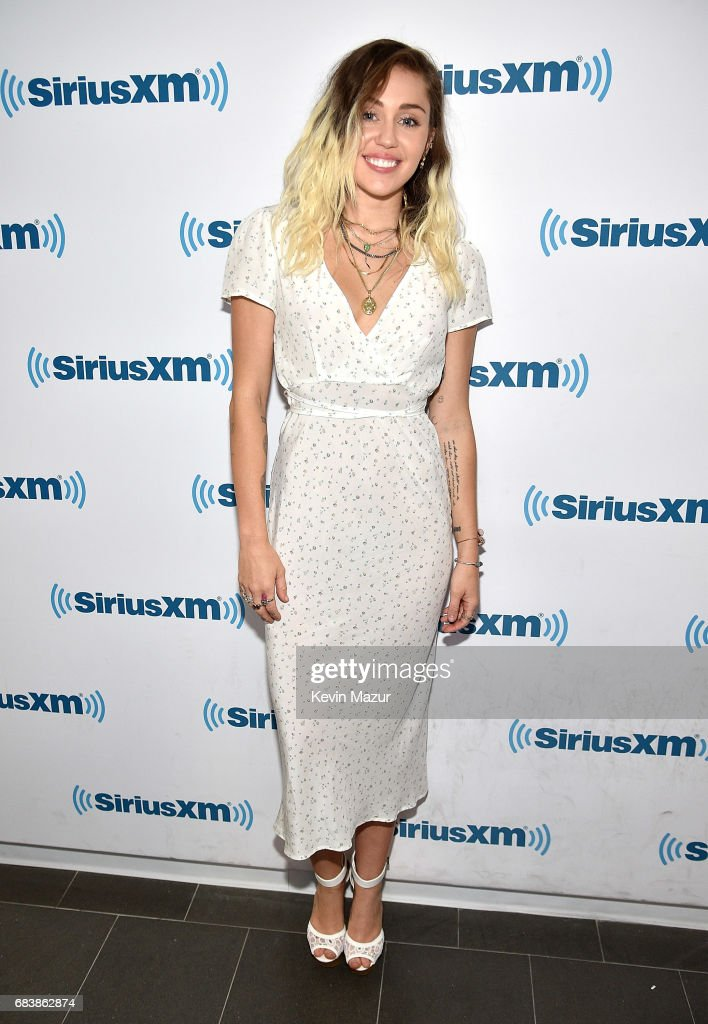 Miley Cyrus Performs On SiriusXM's SiriusXM Hits 1 Channel