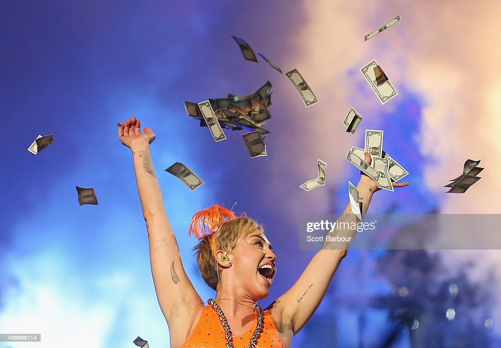 Miley Cyrus Performs Live In Melbourne : News Photo