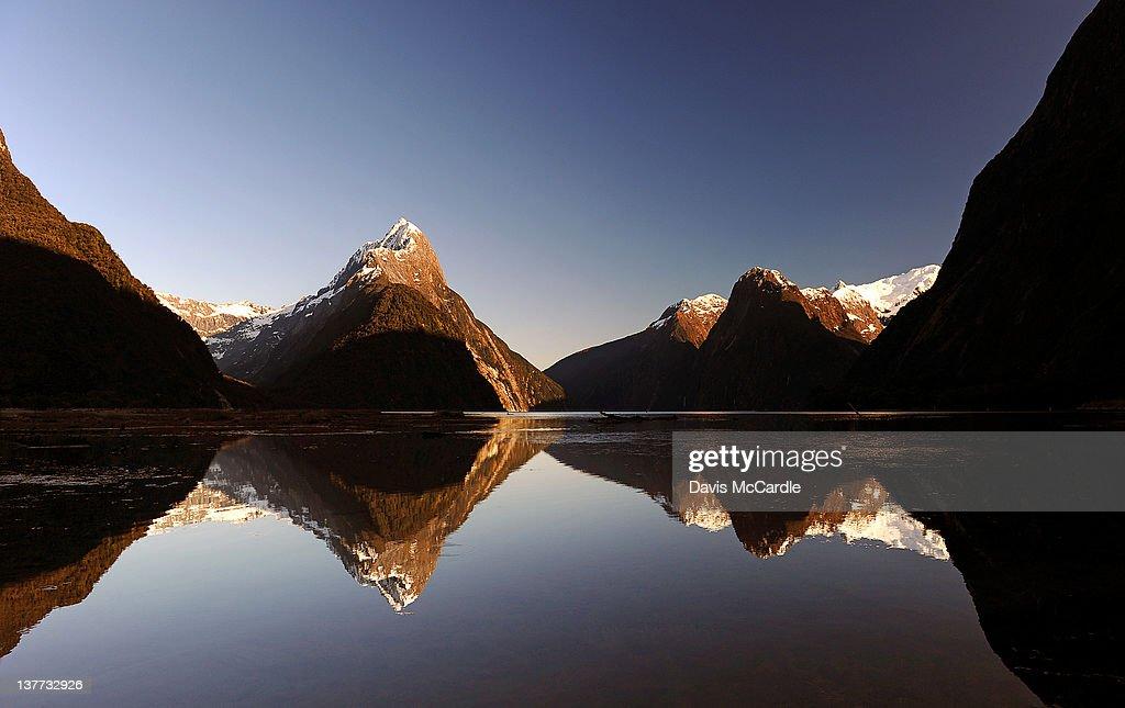 Milford Sound : Stock Photo