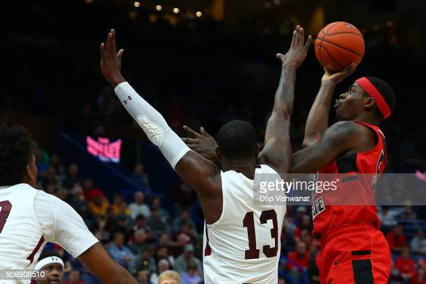 Milik Yarbrough of the Illinois State Redbirds shoots the ball against the Southern Illinois Salukis during the Missouri Valley Conference Basketball...