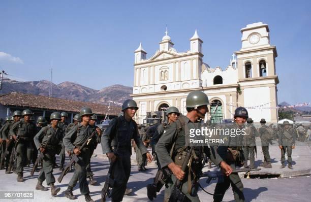 Militaires pendant la guerre civile 23 mars 1982 Salvador