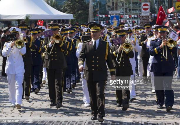 military band on the move at victory day on 30 august in izmir. - emreturanphoto stock pictures, royalty-free photos & images