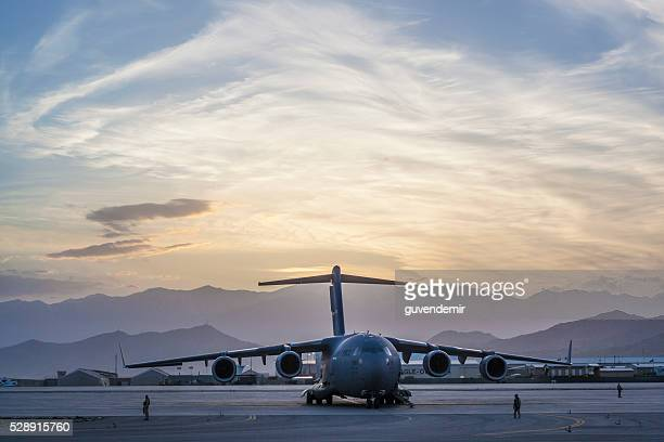 c-17 military cargo transport aircraft - us air force stock pictures, royalty-free photos & images