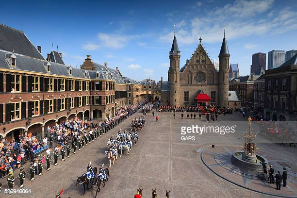 military ceremony on binnenhof during prinsjesdag in the hague - prinsjesdag stock photos and pictures