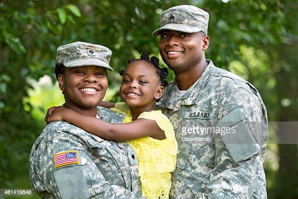 le famiglie dei militari - military foto e immagini stock