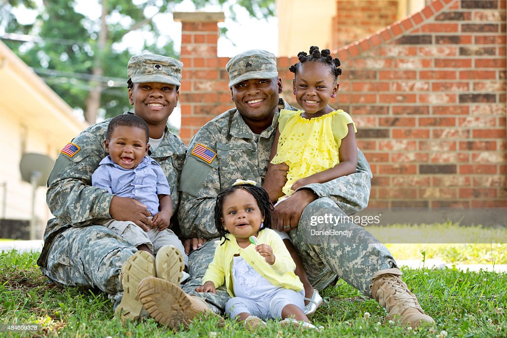 Military Family : Stock Photo