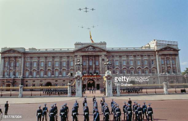 Military formation on the occasion of the fly-past and parade commemorating the 50th anniversary of the Battle of Britain, at Buckingham Palace,...