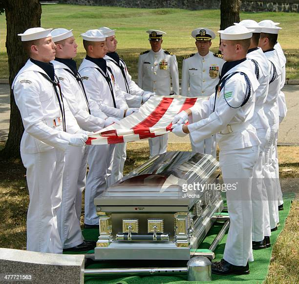 military funeral at arlington national cemetery - honor guard stock pictures, royalty-free photos & images