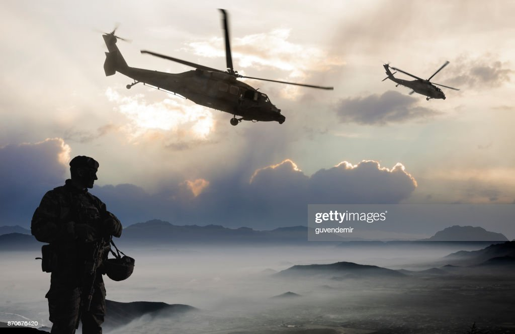 Militärmission in den Morgen : Stock-Foto