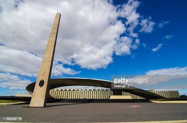 militär obelisk i brasilia - brasilia bildbanksfoton och bilder