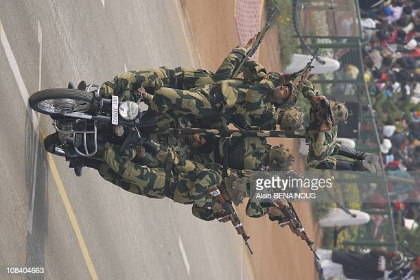 Military parade and folk parade 's Republic Day military and scenes of everyday life on Raj Pat at the center of the capital freestyle motorcycle...