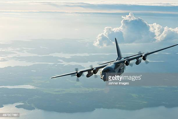 military plane - propeller stock pictures, royalty-free photos & images