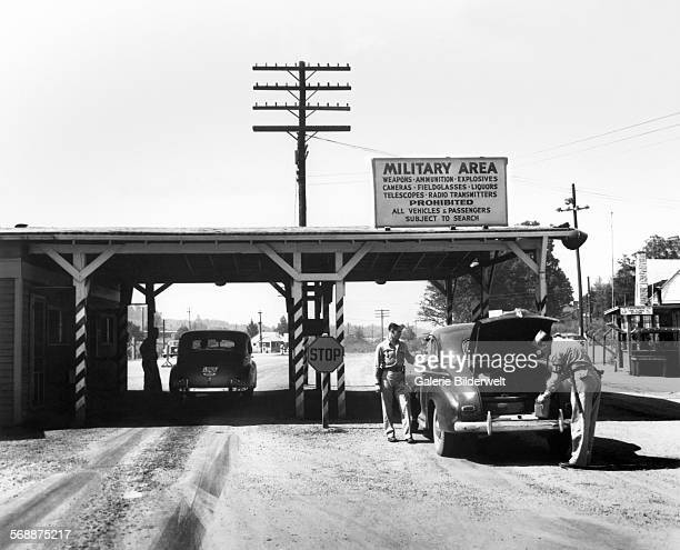 Military Police man at Elza Gate 1945 Oak Ridge The town of Oak Ridge was established by the Army Corps of Engineers as part of the Clinton Engineer...